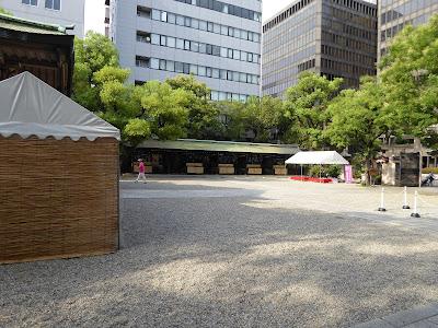 坐摩神社の境内