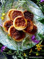 http://salzkorn.blogspot.fr/2017/04/lichtvoll-orangenmarzipan-tartelettes.html