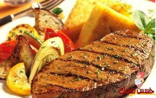 اللحم المشوي مع الفلفل الحار والبرتقال