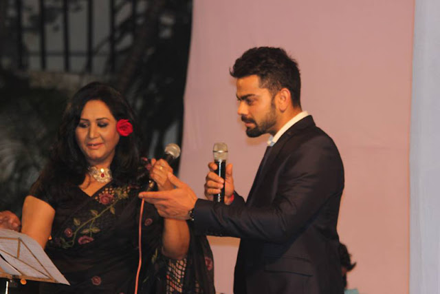 After starring in the Friday win against Pakistan in Asia Cup, Virat Kohli outclassed other players in a singing duel at the Indian High Commission in Dhaka.  Team India players had been invited to a post match diner by the Indian High Commissioner to Bangladesh.