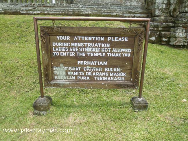 Prohibida la entrada al templo si estás con la regla, en Bali