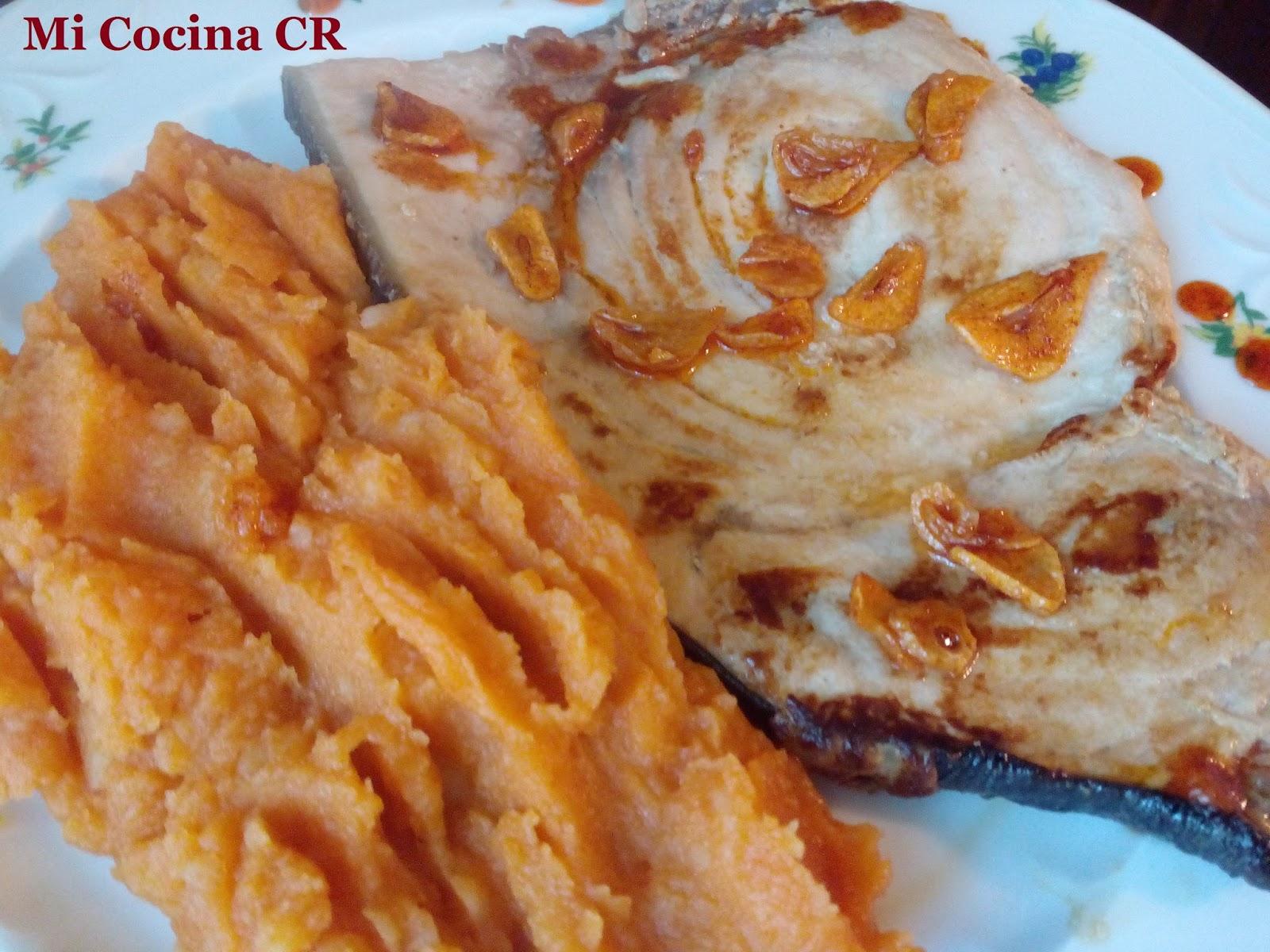 Mi cocina pez espada a la plancha con pure de patatas al for Mi cocina malaga