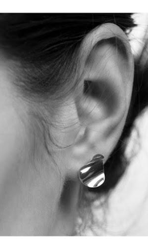 Boucle d'oreille Sansoeurs