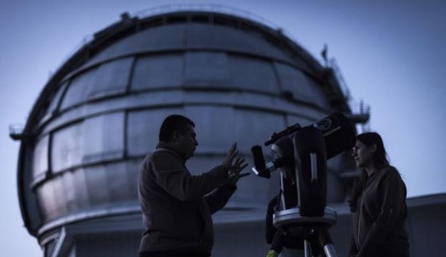 Αληθινά Χ-Files: Εντοπίστηκαν 72 μυστηριώδη ραδιοσήματα από μακρινό γαλαξία