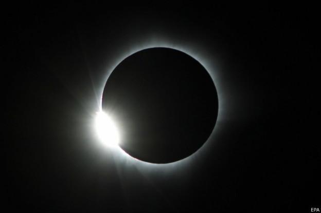 Foto Gerhana Matahari Total, 9 Maret 2016