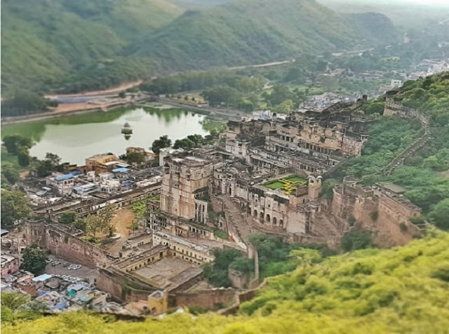 A Travel Guide To Bundi - The Most Beautiful Village In Rajasthan