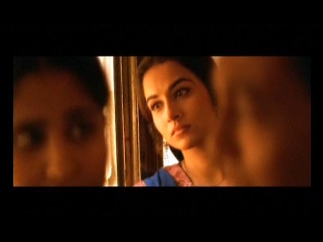 vidya balan hot scenes in parineeta