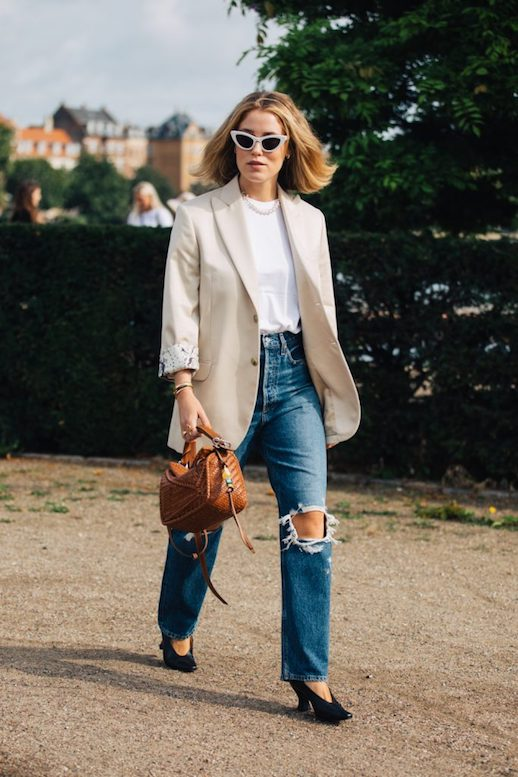 Two Perfect Blazer Looks To Recreate This Season – Beige Blazer Lowew Bag