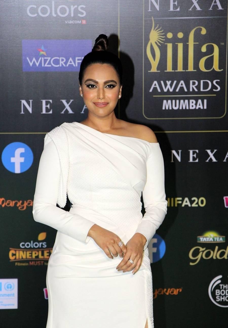 Indian Model Swara Bhaskar At Green Carpet Of IIFA Awards