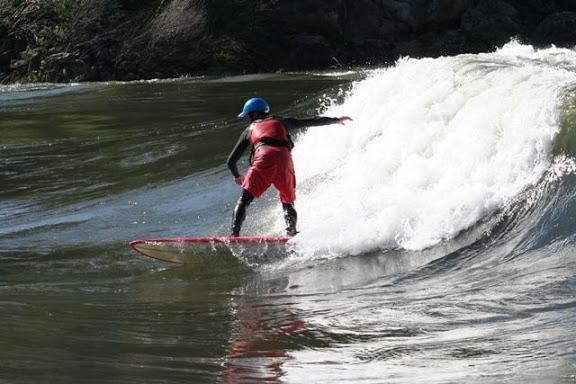 Surfeando en el Miño