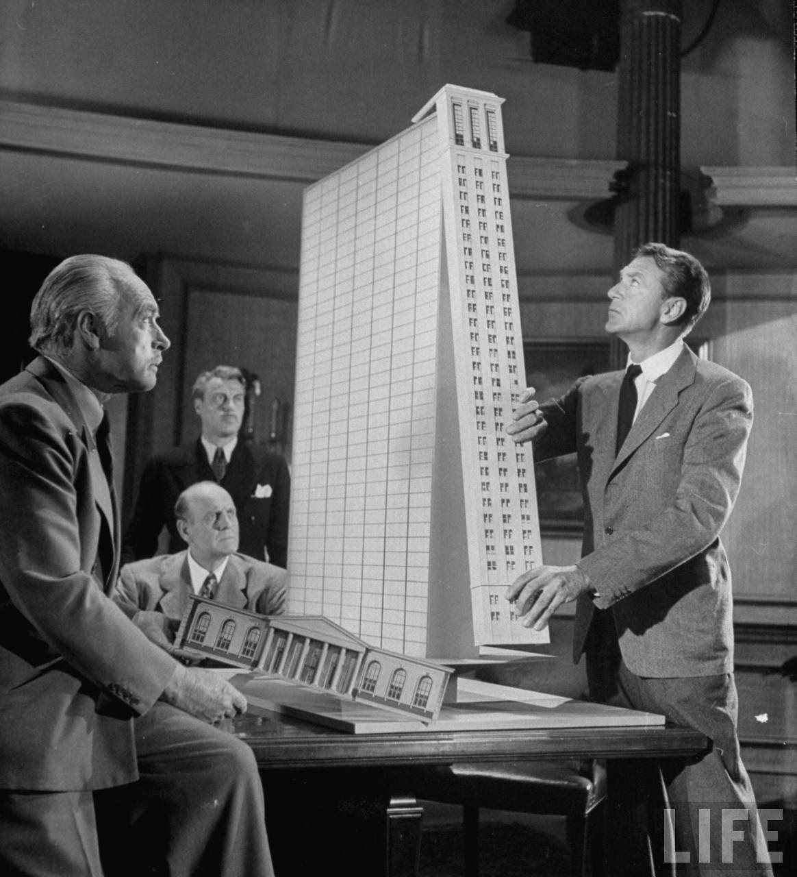 "Roark: Back To Golden Days: Film Friday: ""The Fountainhead"" (1949"