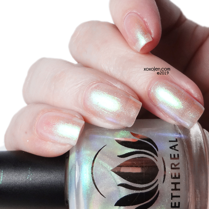 xoxoJen's swatch of Ethereal Aura Australis