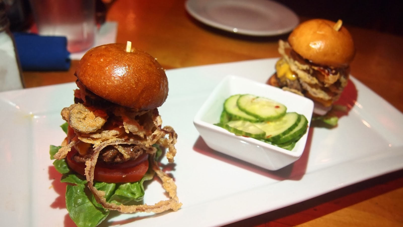 Sasaki Time: Restaurant Review: Crossroads at House of Blues!