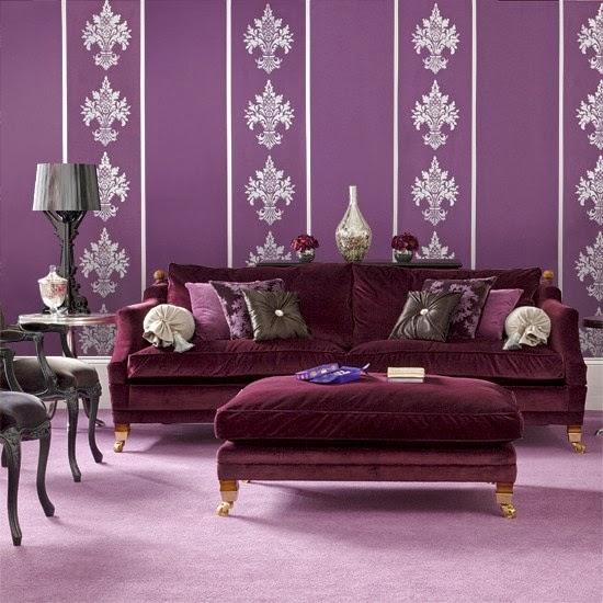 sala color morado y plata