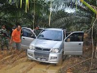 Kostrad Kembali Gagalkan Penyelundupan Barang Ilegal Di Perbatasan RI - Malaysia
