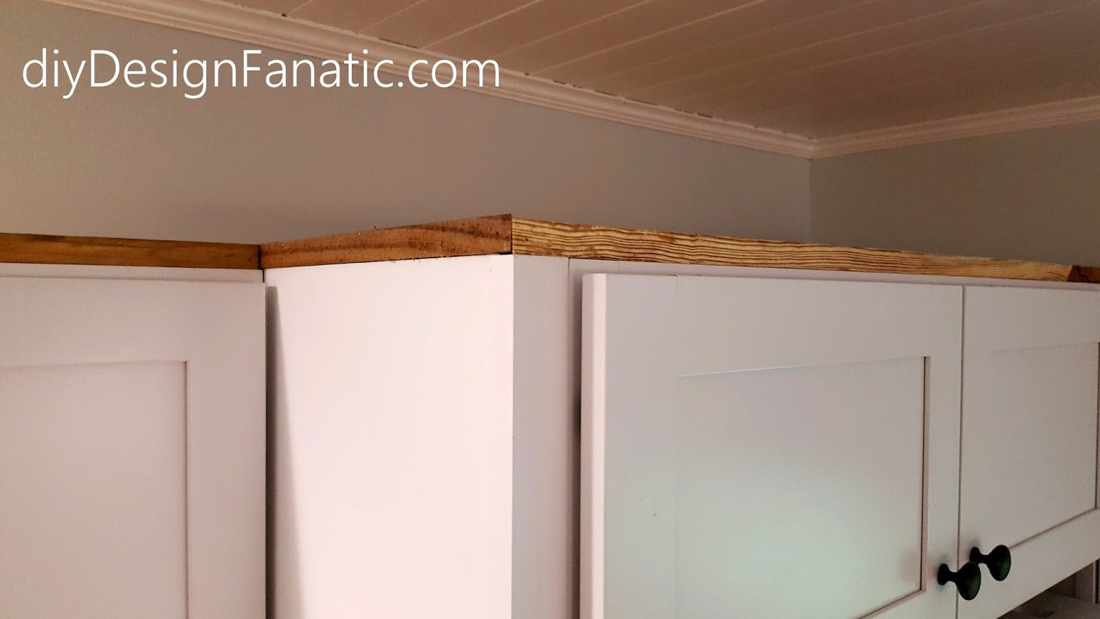 diy Design Fanatic: How To Install Crown Molding On Full Overlay ...
