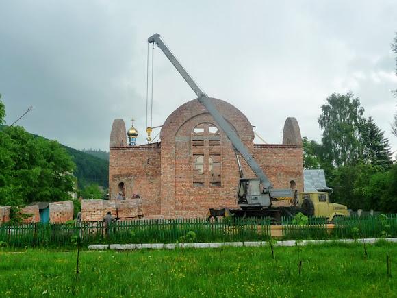 Вигода. Будівництво церкви