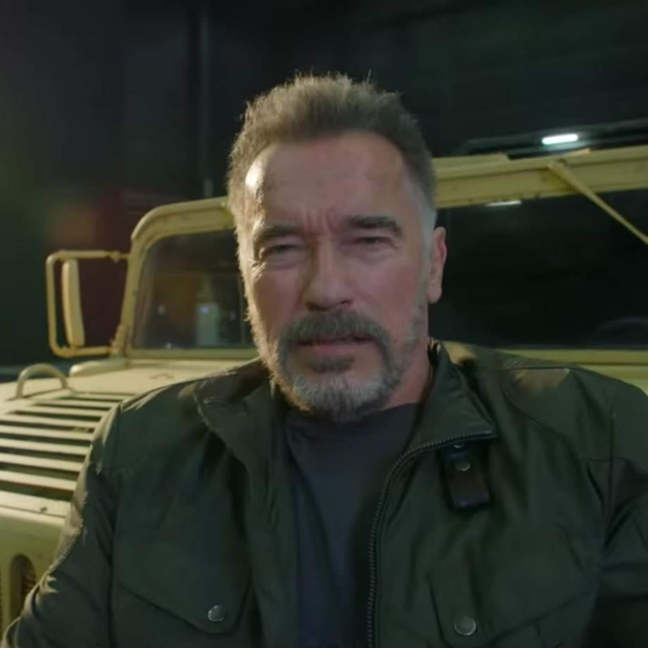 Terminator :「ランボー」のプロデューサーとして知られる故アンドリュー・G・ヴァイナ氏が、祖国ハンガリーのために立ち上げた映画基金が、「ターミネーター」通算第6作めのメイキング・ビデオをリリース ! !