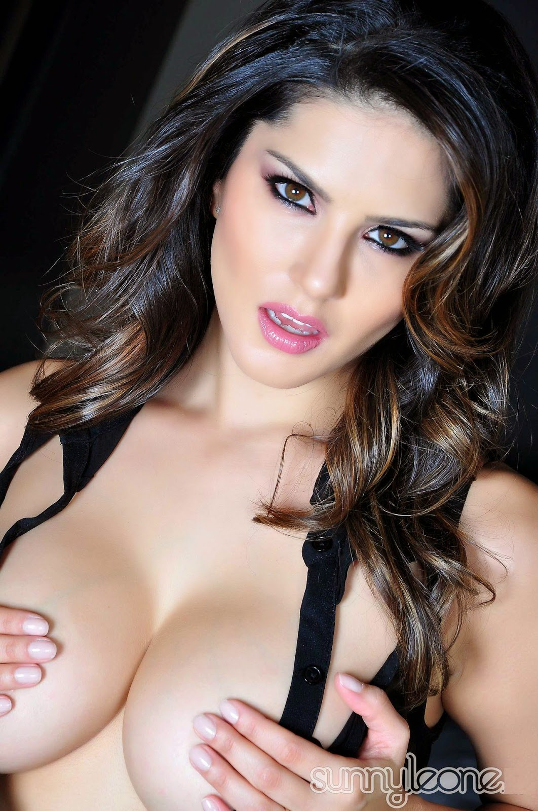 Sunny leone hd images gallery