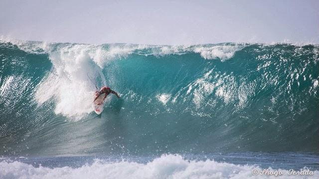 Adventurous Take Off - Kelly Slater