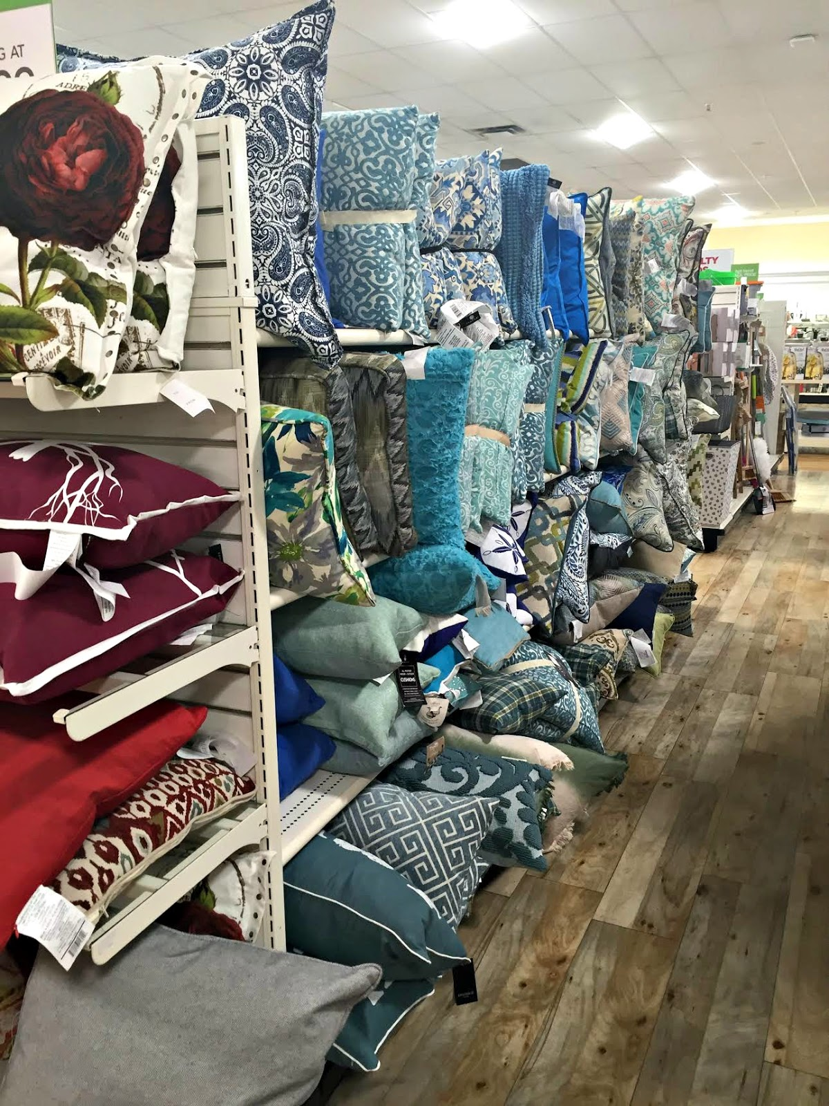 Homegoods Decorative Pillow : The five best items to shop at HomeGoods from Thrifty Decor Chick