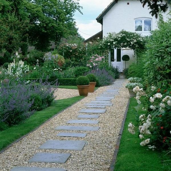 Garden Paths A Cool Decoration