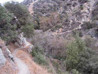 Heading north on Fish Canyon Trail en route to Fish Canyon Falls above Azusa