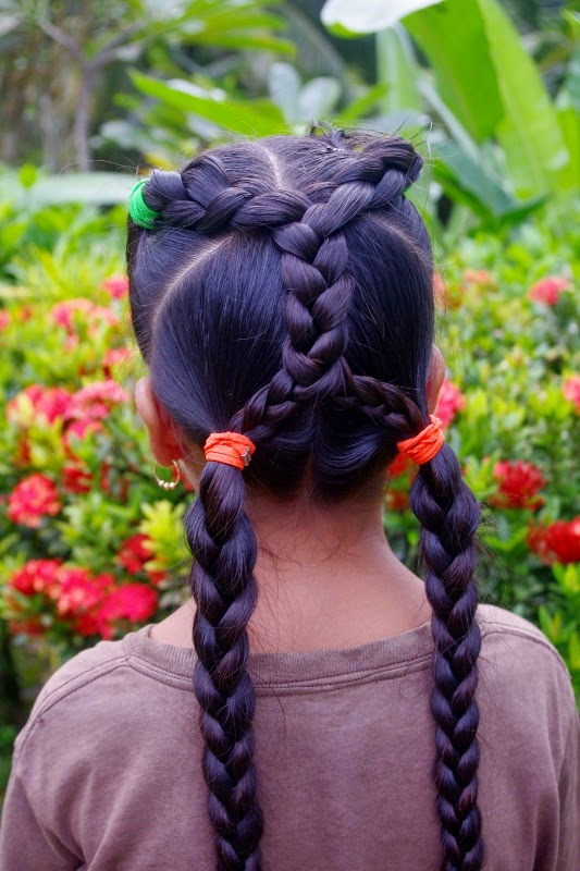 Micronesian Criss Cross Braids