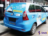 Nah Lho, Pasang Stiker Iklan di Kaca Belakang Bisa Ditilang