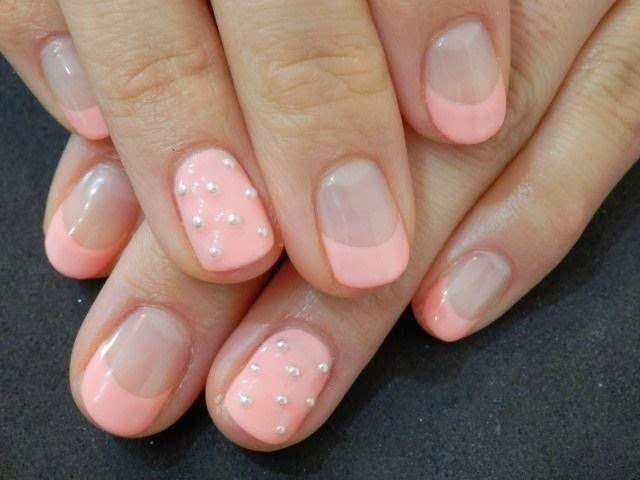 Full Set Gel Nails with Glitz and Nail Art Design + gel ...