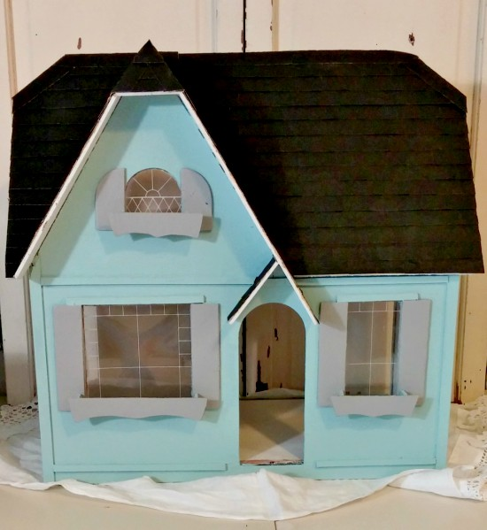 Dollhouse exterior makeover with a new sandpaper roof!!