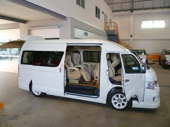 interior new innova venturer grand veloz 1.5 harga toyota hiace, untuk bisnis transportasi anda - astra ...