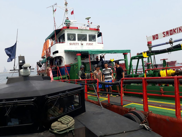 Bakamla RI Tangkap Kapal Tanker di Perairan Jakarta