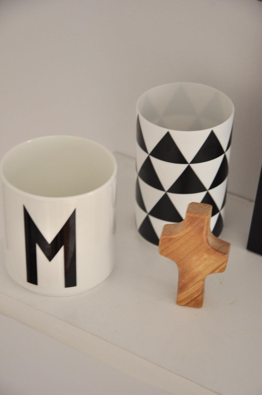 kubek letter design świecznik trójkąty