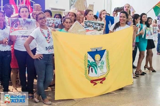 Prefeito Zé Reis parabeniza aldeienses que participaram do seminário Estadual do programa 'Sim eu Posso'