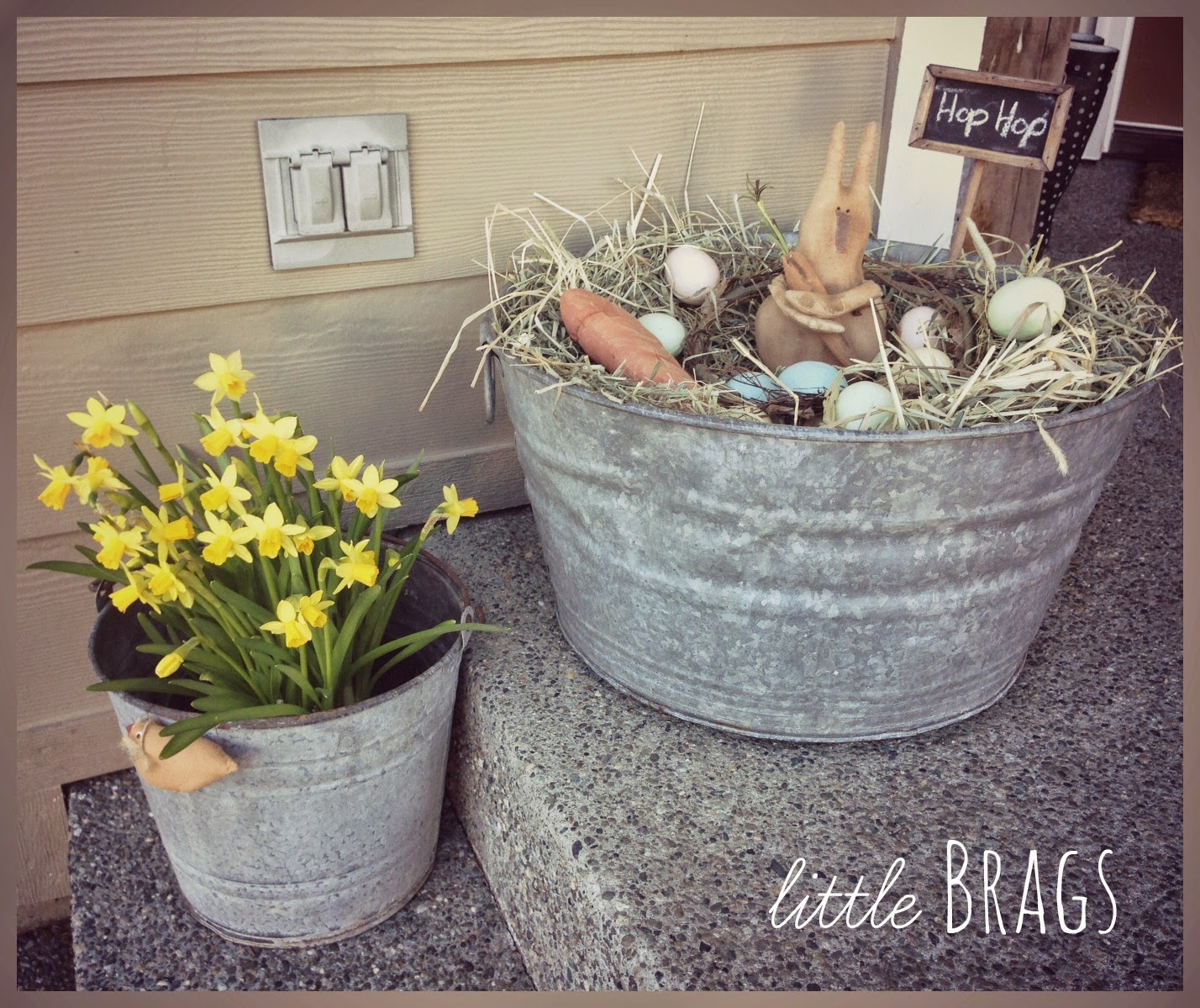 Outdoor Spring Decor: Little Brags: A Little Easter Decorating On The Front Porch
