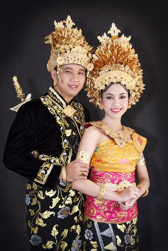 Contoh Photo Pengantin Bali  Album Wedding