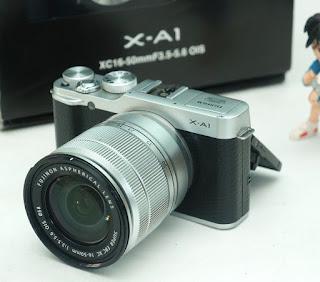 Jual Fujifilm X-A1 With 16-50mm Bekas