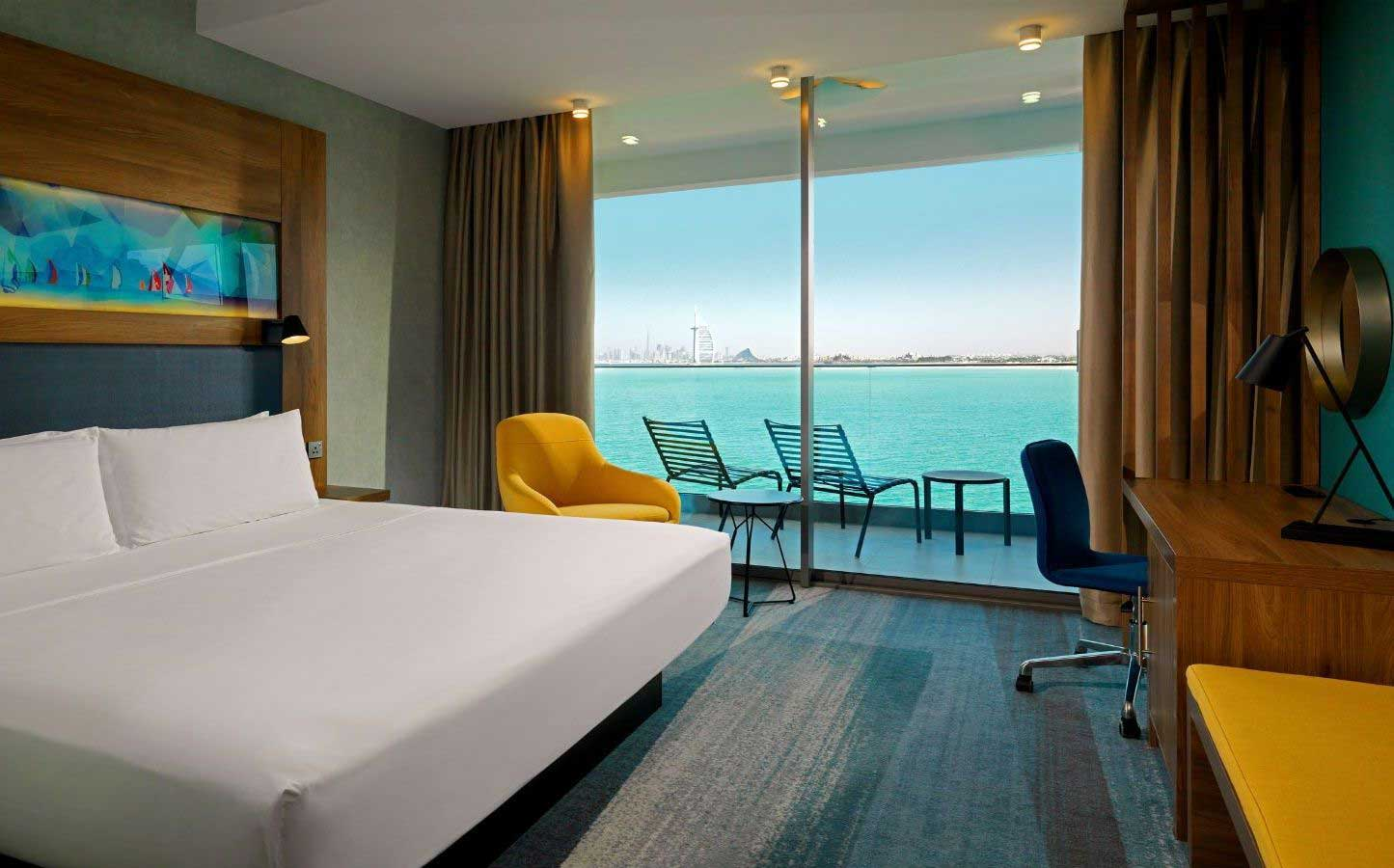 jenis macam hotel terbaik pilihan booking kamar room kelas bintang lima melati fasilitas swimming pool restaurant dekat tempat wisata bandara reservasi pemesanan