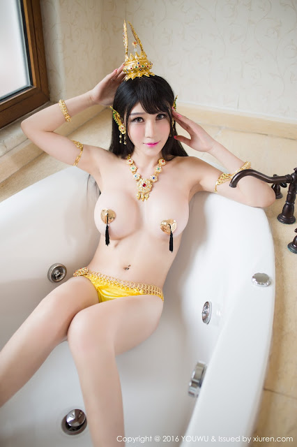 Hot girls Big natural boobs with sexy cosplay 7