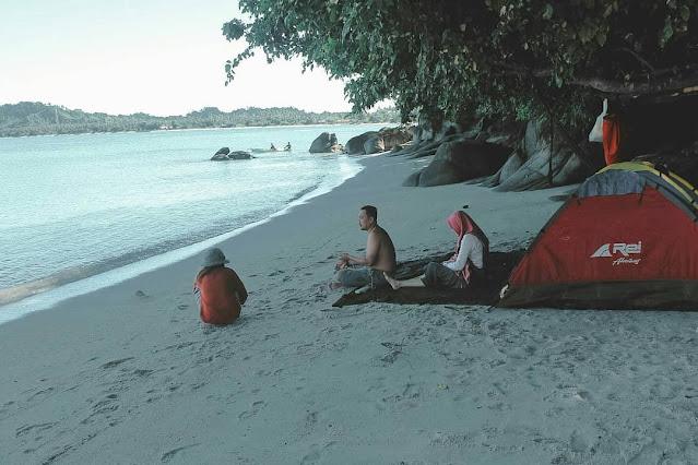 pantai labuana palu