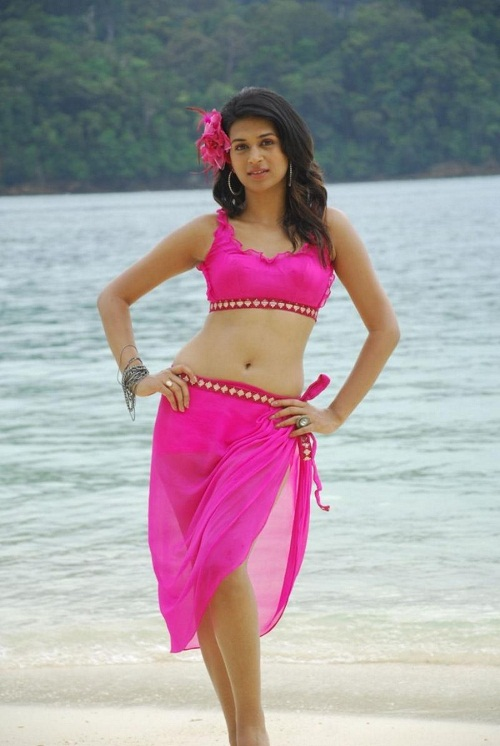 Shraddha Das Latest Bikini Photos