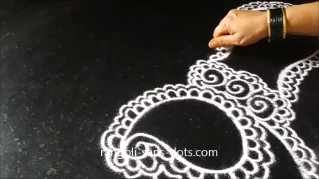 free-hand-drawing-designs-of-peacock-rangoli-1as.png
