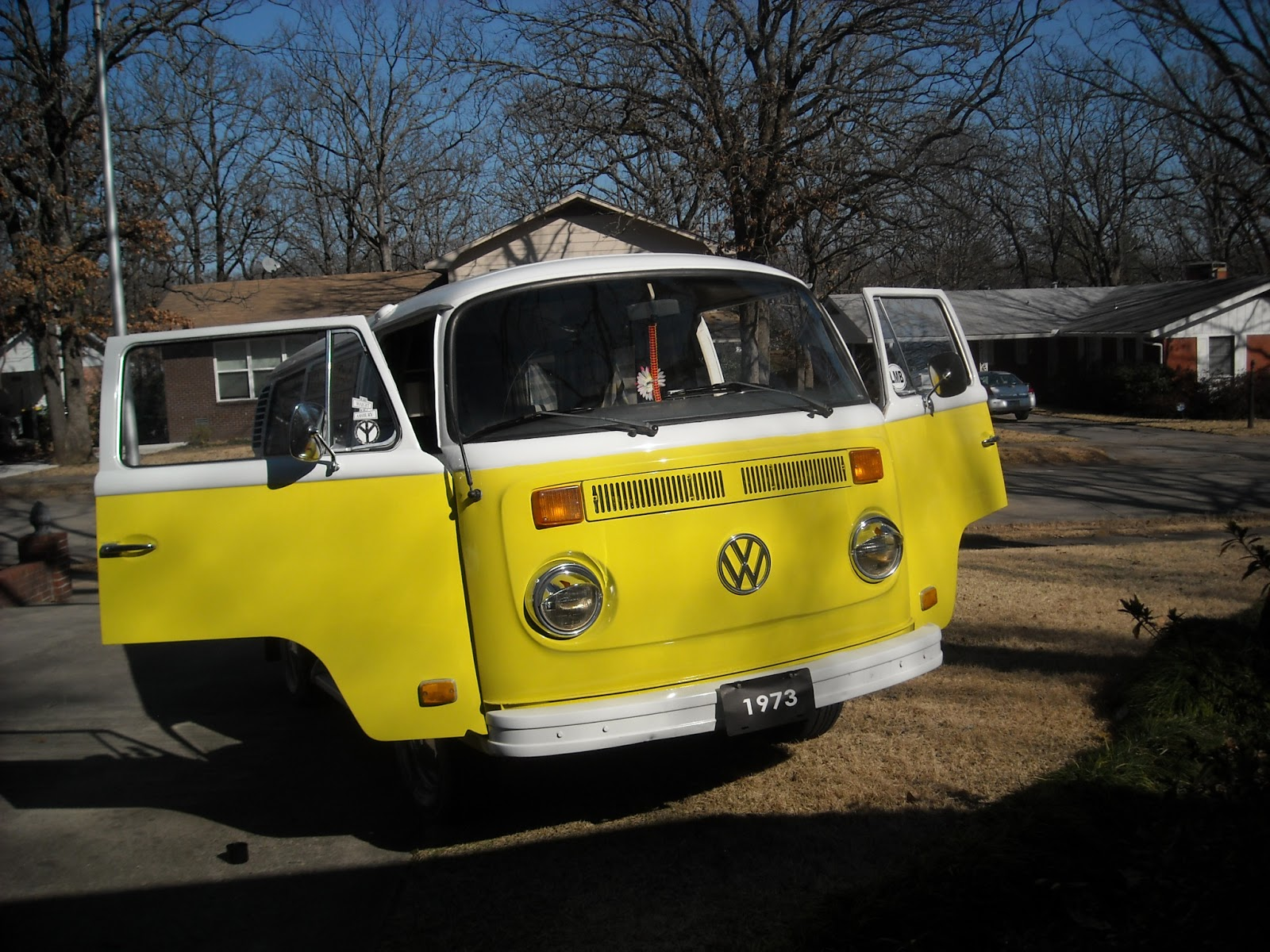 American Auto Sales Little Rock: 1973 VW Rare Tintop Campmobile