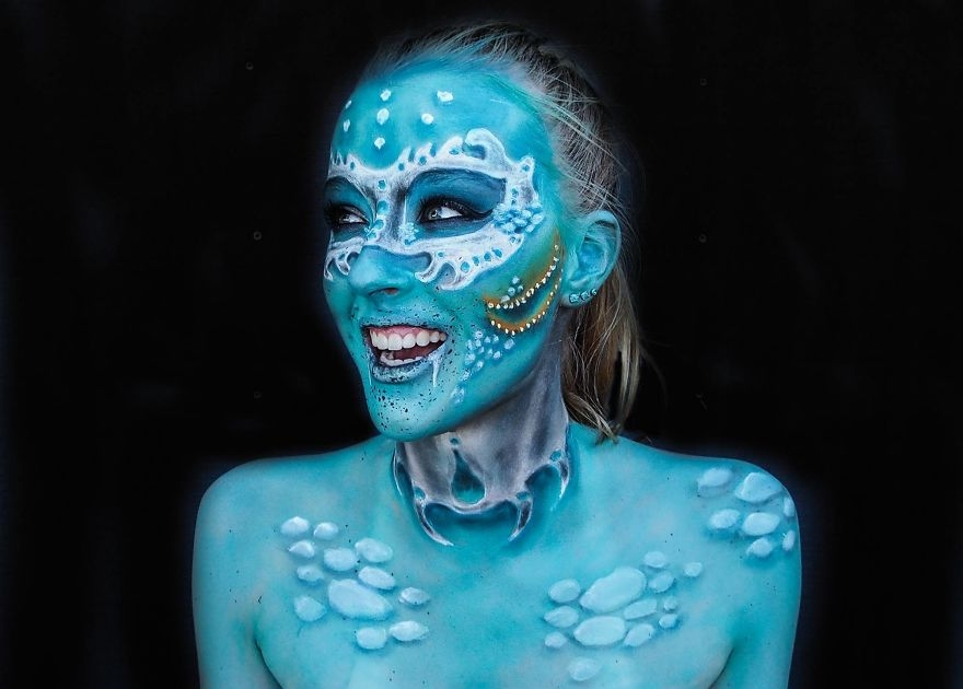 15-Lara-Wirth-Armageddon-Painted-Turning-into-Monsters-with-Body-Painting-www-designstack-co