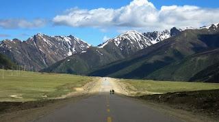 西藏旅遊為什麼不要去看天葬?