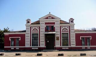 Павлоград. Театр имени Б. Е. Захавы