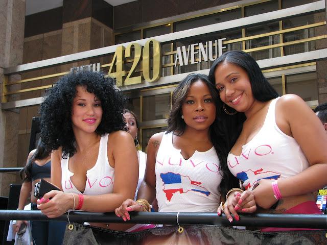 grupo de mujeres hispana de raza negra y mestizas