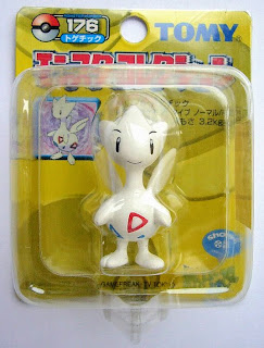 Togetic Pokemon figure Tomy Monster Collection yellow package series