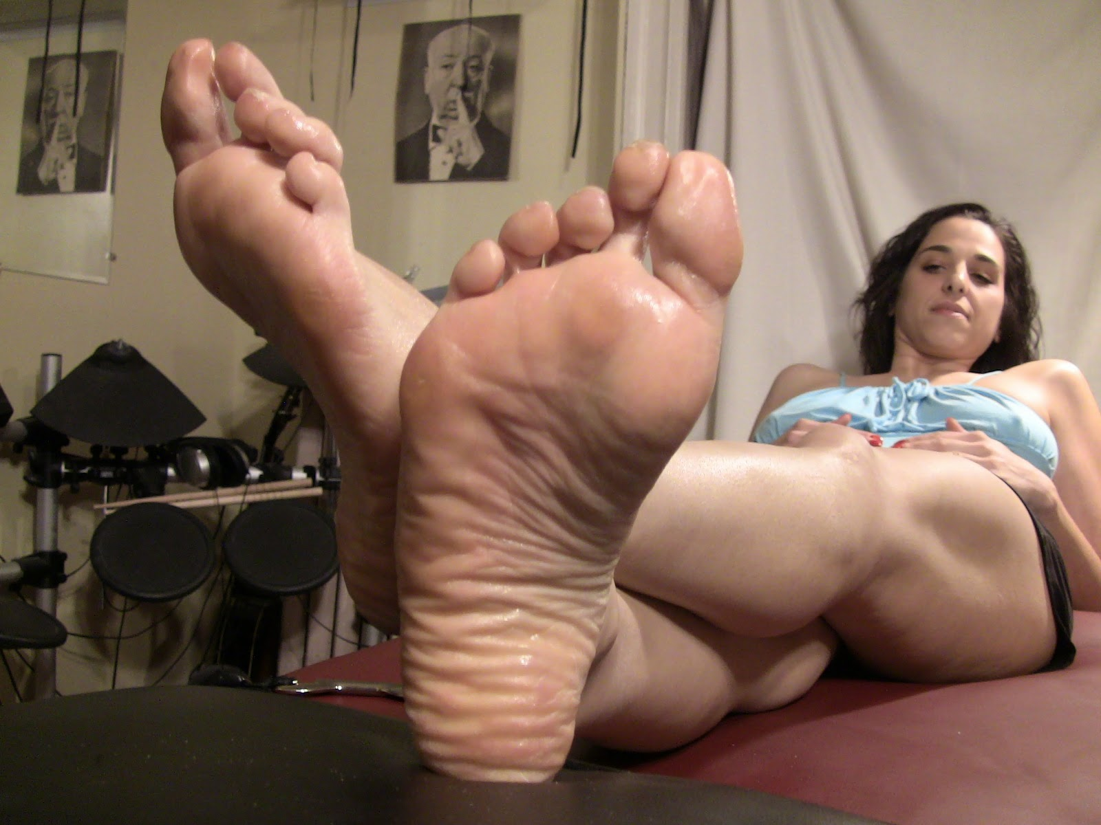 Feet Mature Video
